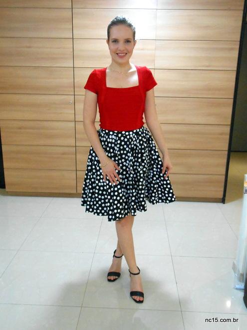 Meu look com vestido bandage dress, que fez as vezes de blusa, mais saia de bolinhas, as famosas polka dots