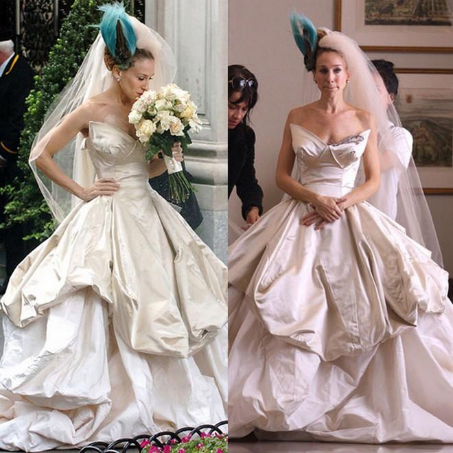 Sarah Jessica Parker e seu vestido do casamento da sua personagem Carrie Bradshow no filme Sexy In The City.