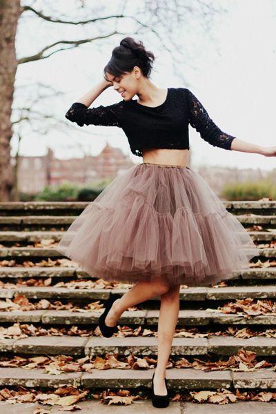 Blusa preta com ballerina skirt marrom