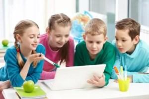 i-bambini-a-scuola-imparano-a-stare-insieme_347435