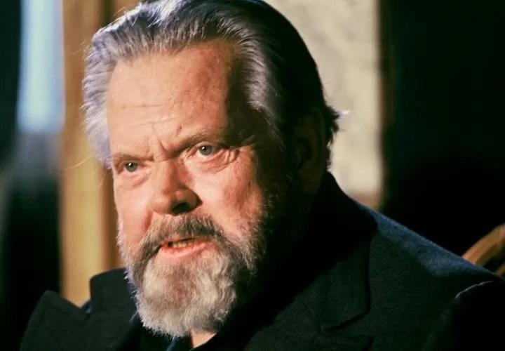 Un vecchio Orson Welles, creatore di Citizen Kane