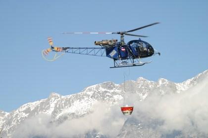 aerospatiale_sa-315b_lama_knaus_helicopter_an0440389