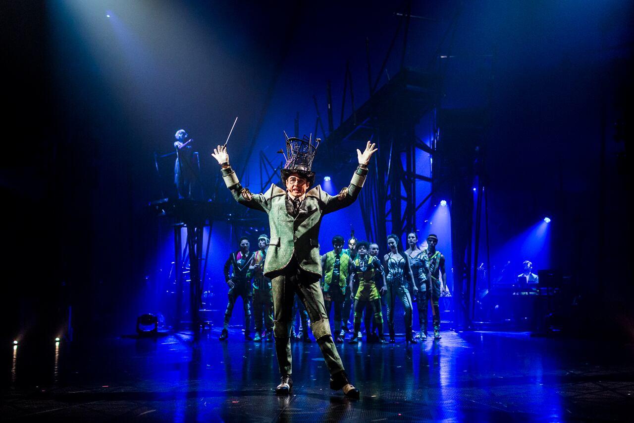 Cirque Du Soleil Presenting Bazzar One Month Residency At