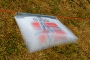 Flagget flagrer litt