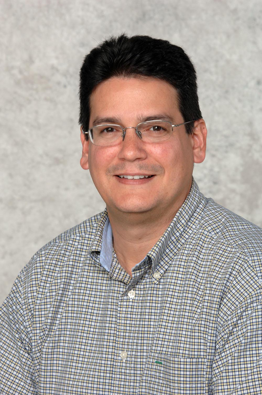 Steven Luis Portrait