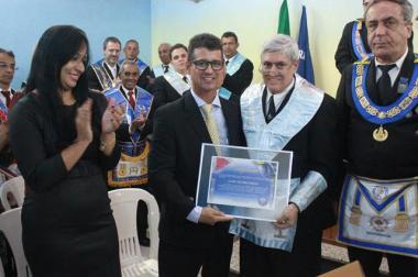 Maçonaria faz homenagem ao SAMU Macro Norte por uma década de serviços prestados.
