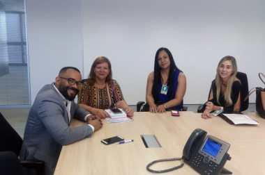 Comitiva dos SAMUs participa de reunião na Cidade Administrativa