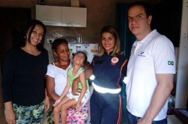 Colaboradora mobiliza SAMU para ajudar família carente