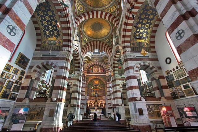 Базиликата Нотр Дам дьо ла Гард