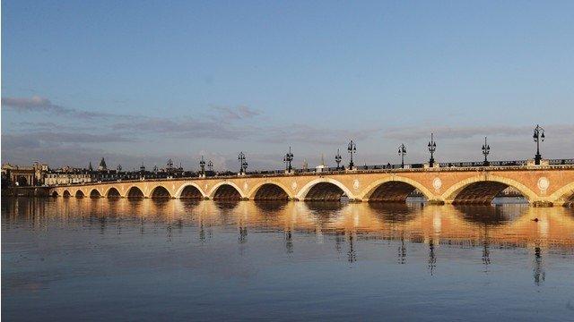 Каменният мост