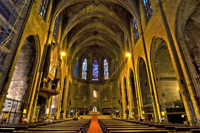 Църквата Санта Мария дел Пи