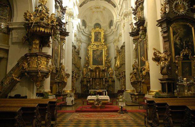 """Църквата """"Свети Томас"""""""