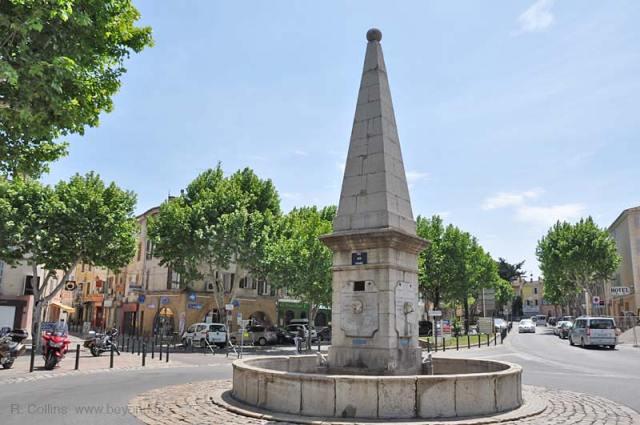 Сен Максимен Ла Сент Бом