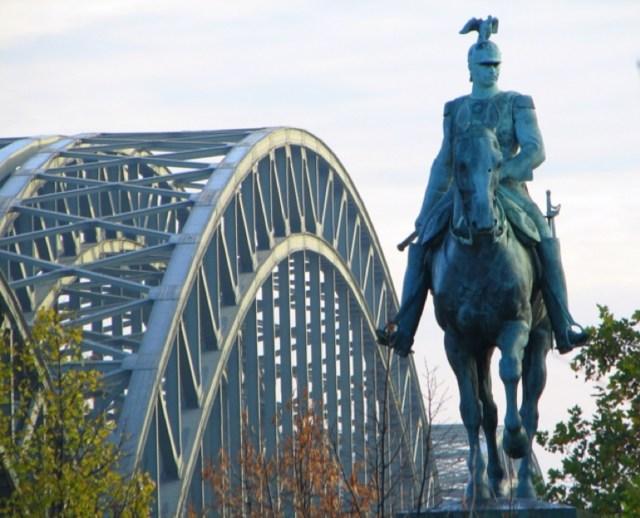 Мостът Хоенцолерн