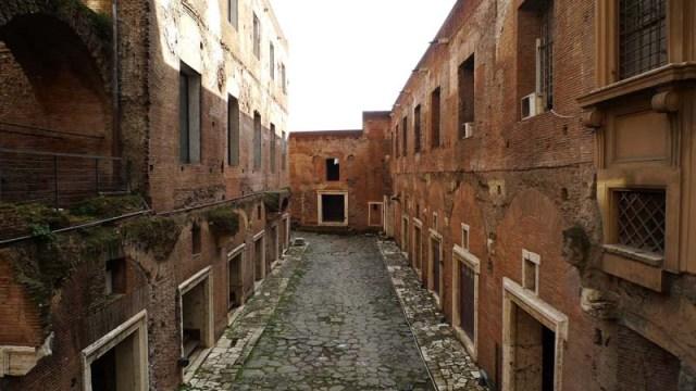Пазарът на Траян