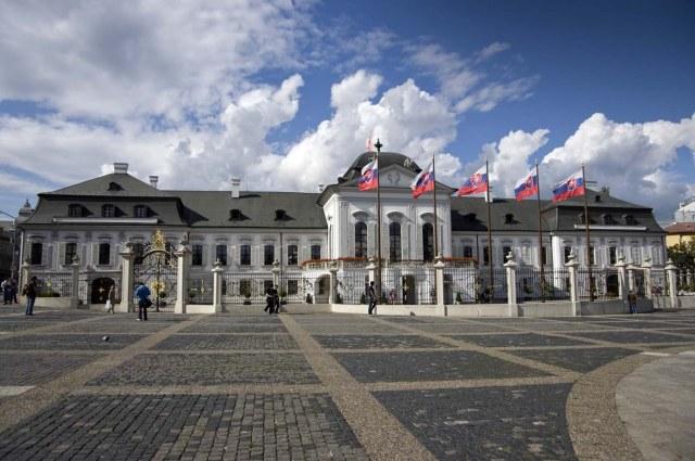 Дворецът Грасалкович