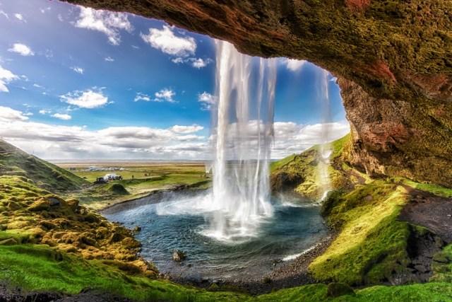 Предложение на седмицата: пролетна почивка в Исландия