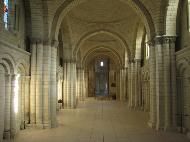 Кралското абатство Фонтевро5