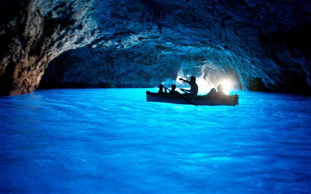 Синята пещера – остров Капри, Италия