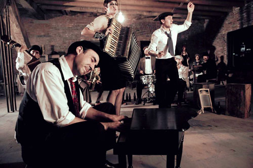 Jazz with a twist: The Hot Sardines, a foot-stomping, high-energy, 10-member jazz troupe, will be performing at a free concert series at Kingsborough Community College on July 20. Photo © Harry Fellows