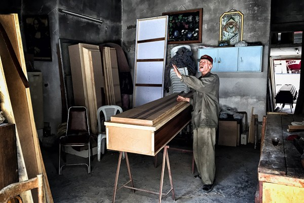 A coffin maker Homs, Syria ©Citizen Brooklyn 2015