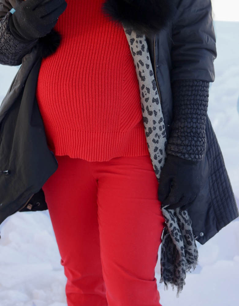 valentines day, red outfit, monochromatic, red style, red sweater, winter style, casual outfit, prenant style