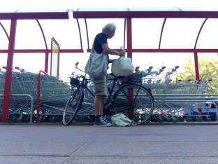 bicycle_shopping