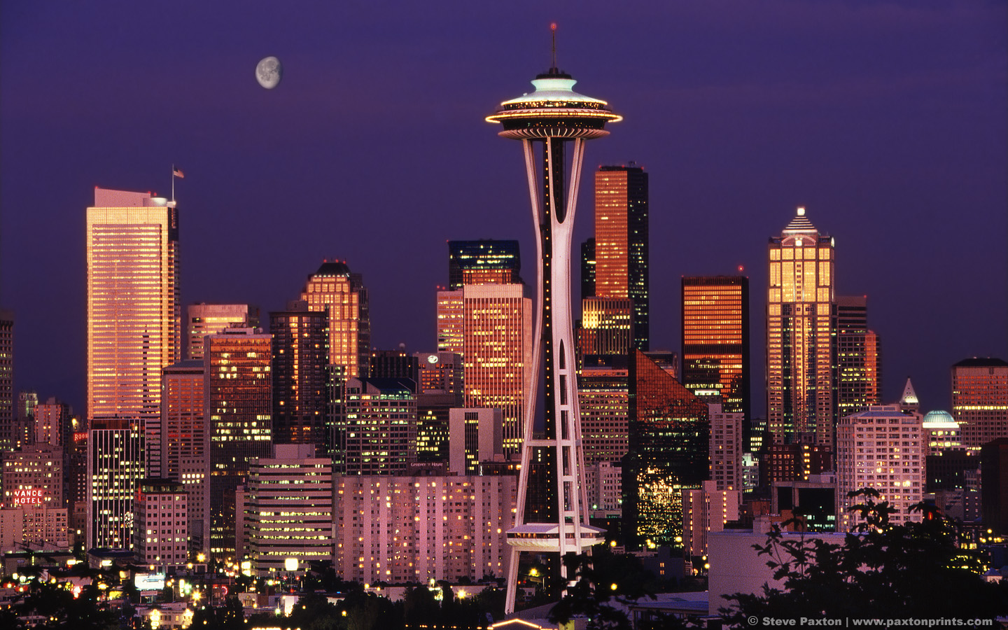 https://i0.wp.com/www.city-data.com/forum/attachments/city-vs-city/46496d1249442398-skyline-competition-san-francisco-vs-seattle-moon_over_seattle_1440x900.jpg