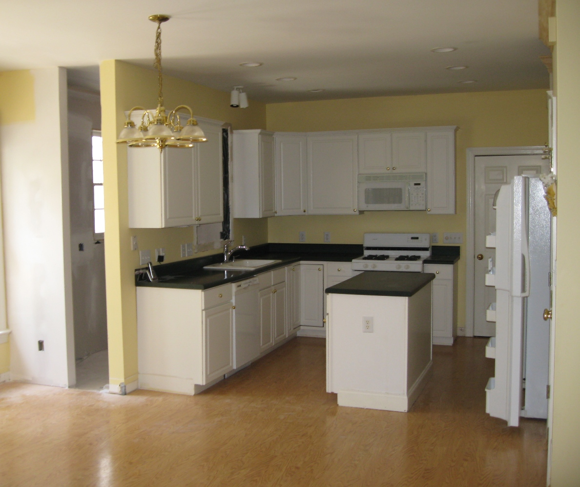 kitchen cabinet white hotels with kitchens in rooms vinyl flooring cabinets