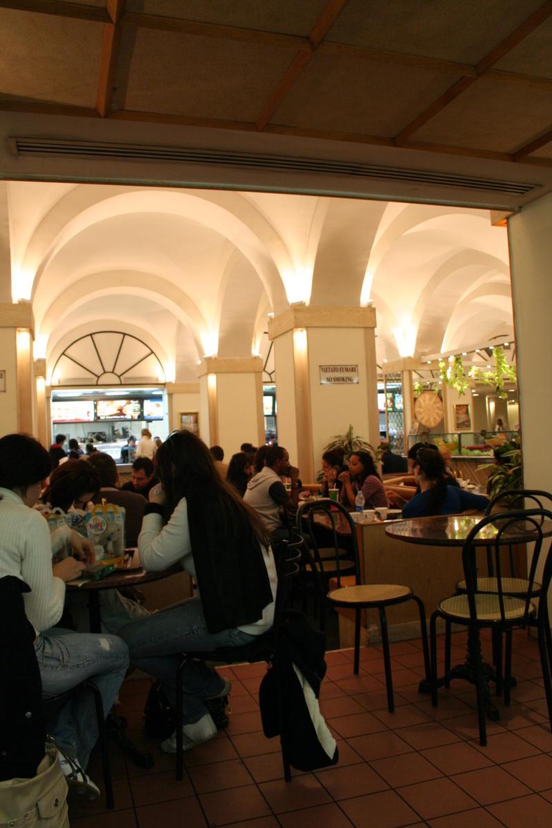 Beautiful Restaurant Interiors