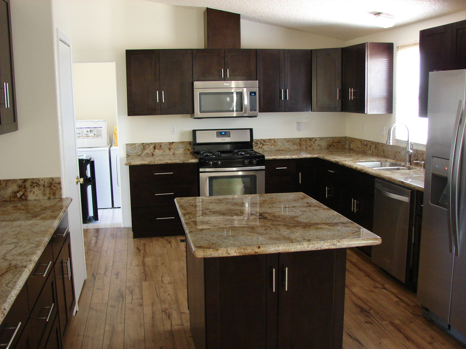 average cost for granite counter tops Phoenix 2014