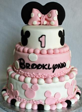 Bakeries that can make a Minnie Mouse cake Raleigh Cary