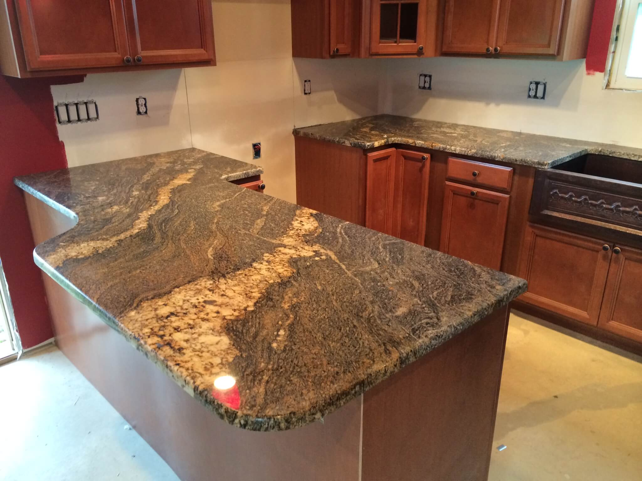 kitchen cabinet granite top outdoor 35sq ft countertops cleveland quartz