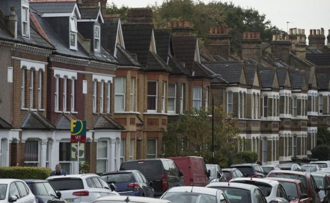 Uk House Prices Growth Hits Seven Year Low As London