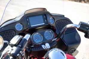 GPS is well-placed but not up to usability standards set by more modern bikes - Harley-Davidson Road Glide Ultra.