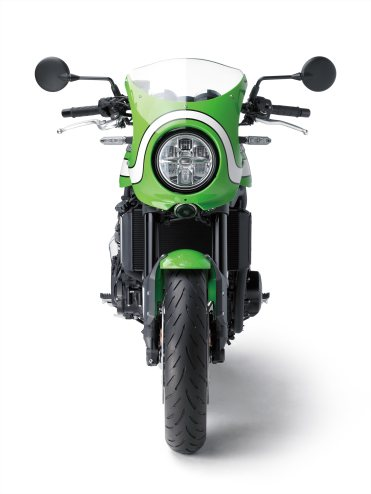 Front view, Kawasaki Z900RS Cafe.