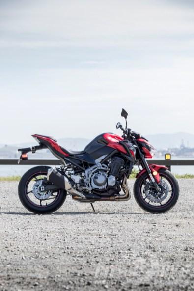2018 Kawasaki Z900 ABS review. Photo: Angelica Rubalcaba.