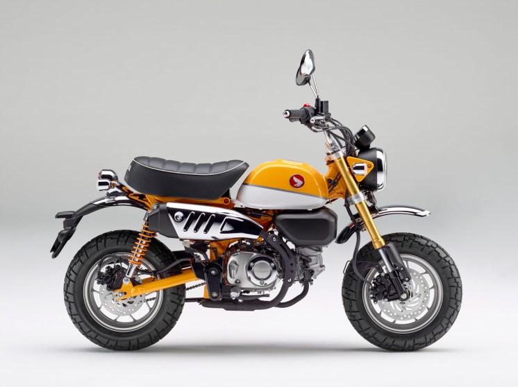 """Honda calls this """"Banana Yellow."""" Lulz..."""