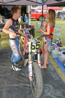 Cory Texter with his wife Amber and son Cruise at the 2018 Calistoga Half-Mile.