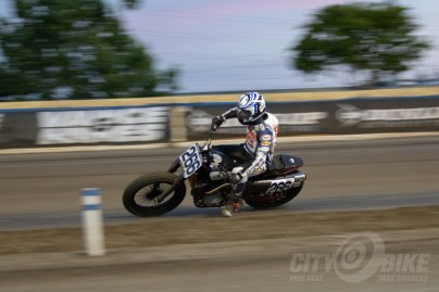 Ronnie Jones, on his way to his another Main.
