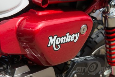 Honda Monkey side cover