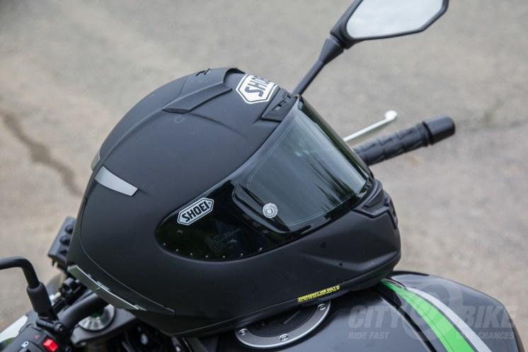 shoei-x-14-race-helmet-review-4