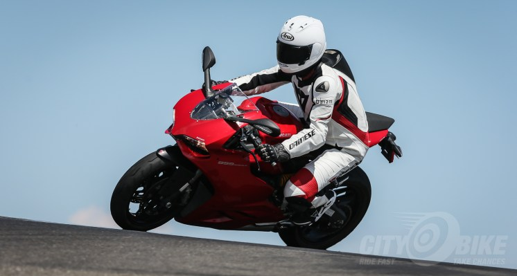 Arai Corsair-X helmet review. Photo: Brian J. Nelson.