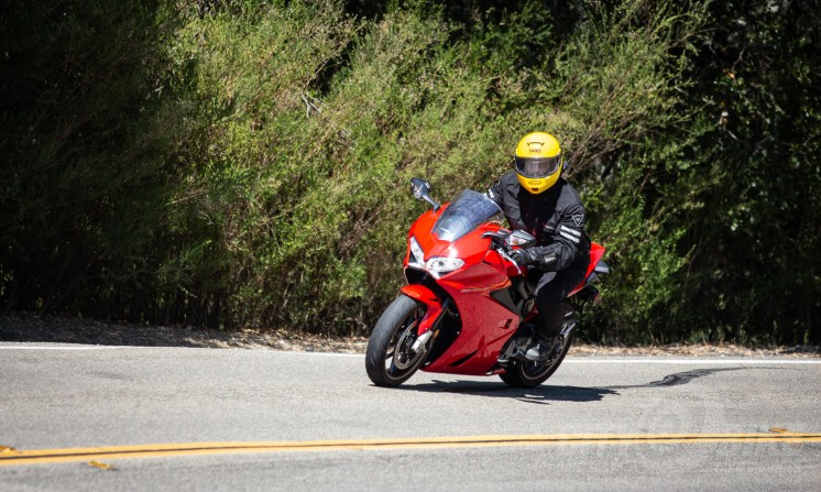 2014 Honda Interceptor VFR800F review. Photo: Angelica Rubalcaba.