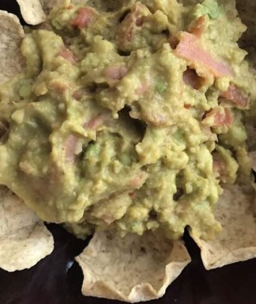 Weekend Recipe : Guacamole with Smoked Salmon