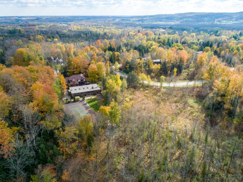 23 Cedar Drive Caledon Aerial Fall MedRes (14 of 31)