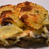 Tortiera di carciofi e patate al forno: la ricetta e come prepararla