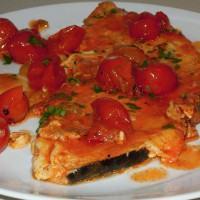 Come preparare il pesce spada alla pizzaiola: la ricetta