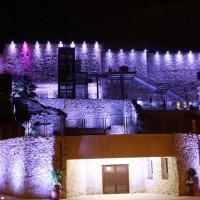 Ottobre mese della prevenzione, il Castello Aragonese si illumina di rosa