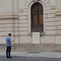 Reggio ricorda l'importanza del 25 aprile: ecco le installazioni comparse in centro - FOTO
